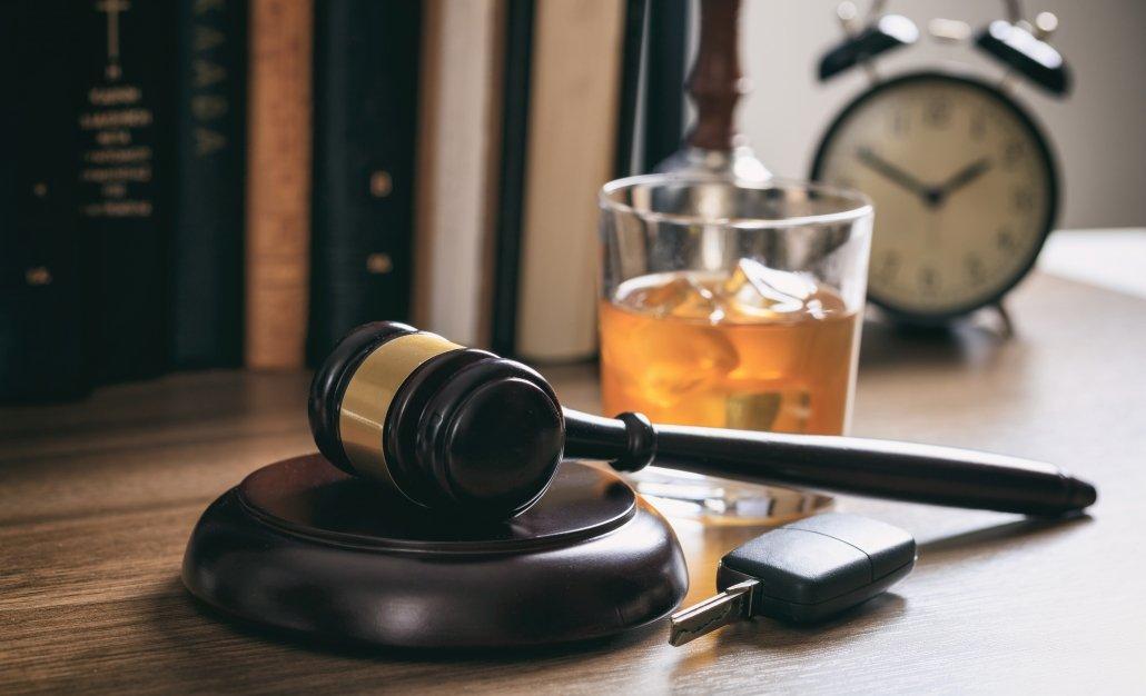 Lansing Criminal Defense Lawyer | Okemos DUI, Drug Crimes